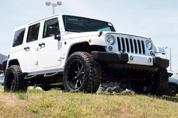 2016 Jeep Wrangler Unlimited Sahara SUV