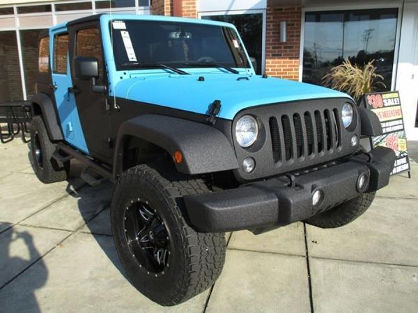 2015 Jeep Wrangler Unlimited Sahara truck